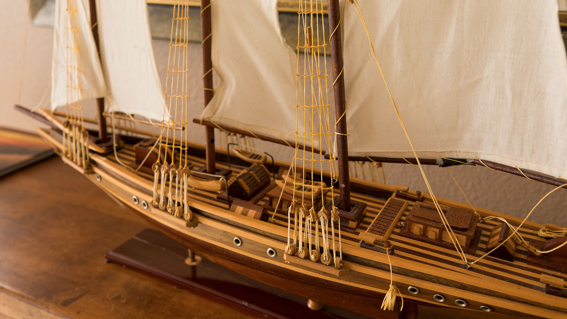 Montara Room Wooden Ship